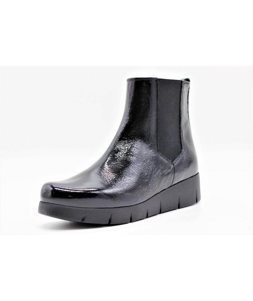 d2a2288ff547fa UNISA FLORA VERNIS - L'empreinte Chaussures