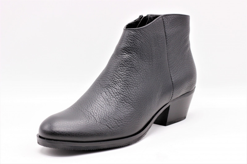 CLARKS MILA MYTH bottine cuir noir inspiration western pour